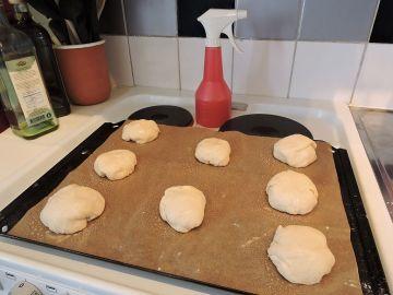 Hamburgerbröd med surdeg 12