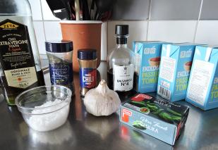 tomatsas-i-slow-cooker-1-ingredienser