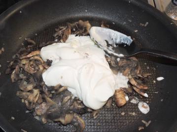 gratang-med-grona-bonor-och-svamp-3
