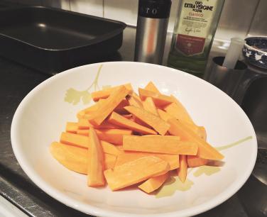 Kryddiga sötpotatis-pommes 5