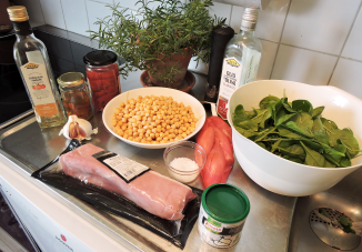 Fläskfile med spenat paprika o kikärter 1 - ingredienser
