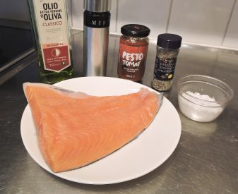 Ugnsbakad lax med tomatpesto 1 - ingredienser